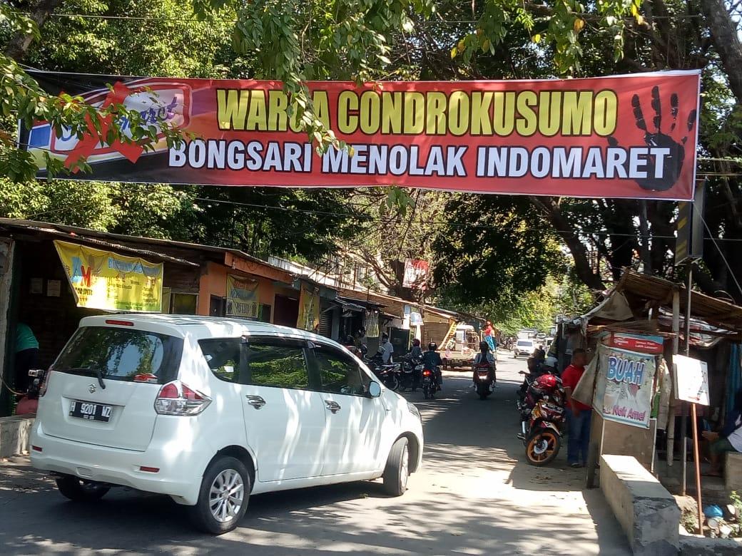 Masyarakat Kelurahan Bongsari Menolak Pembangunan Indomaret di Jalan Condrokusuma Bongsari-Semarang